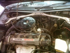 ae92 corolla lifback engine bay before